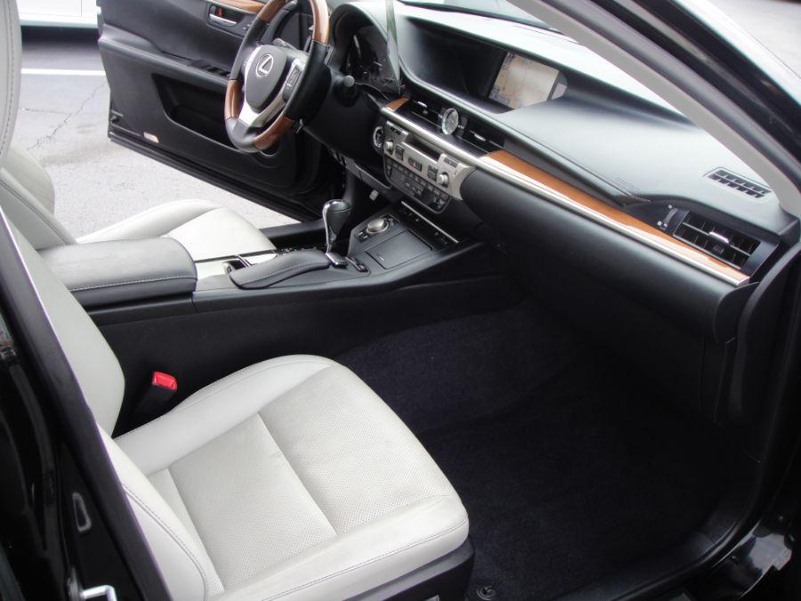 2014 Lexus ES 300h
