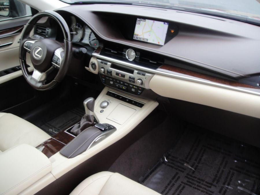 2016 Lexus ES 350